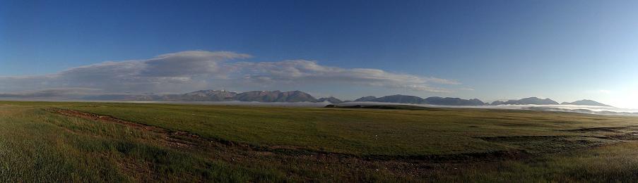 新疆之旅:天山公路與大草原